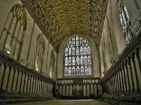 Canterbury_cathedral_7_2